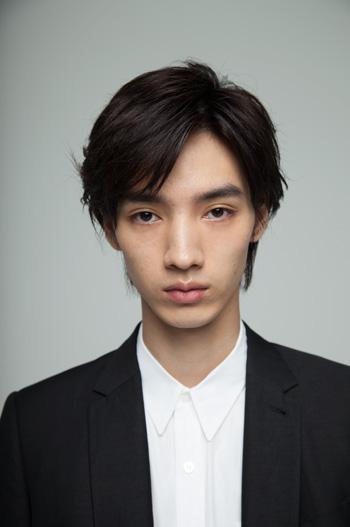 http://office-saku.com/img/artists/new_actors/hiroya_shimizu/01.jpg